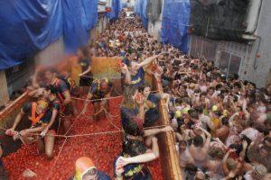summer festivals 2016 tomatina