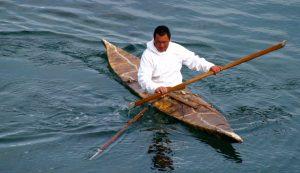 greenland_kayak_seal_hunter_2006